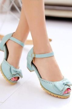 Women's Ankle Strap Peep Toe Square Heel Sandals