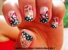 Mostrando uñas-de-mariposas-y-flores-300x223.jpg