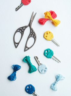 DIY: Yarn Wrapped Key Covers