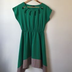 NWOT Modcloth Urban Planting Dress Lovely leaf green shift dress with sweet keyhole detailing at the neck. High-low hem. Never worn! Color accurate in first image. ModCloth Dresses Midi