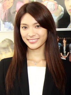 Talents who are hiding that they're halfies/quarters - Sayaka Akimoto #AKB48