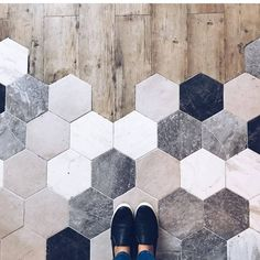 Haus wohnung Standing at the precipice of greatness and beautiful tile, what a place to be 🙌🏻 [ Home Reno, Floor Design, My Dream Home, Home Remodeling, Tile Floor, Home Improvement, New Homes, Interior Design, Home Decor Ideas