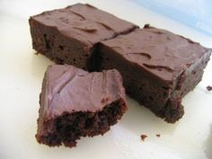 Quick Protein Brownie Recipe  This quick protein brownie recipe is something that you can whip together in no time for a change of pace snack or just for for sinful enjoyment without any sin. You can use any chocolate protein powder. I pretty much stick with Optimum Nutrition 100% Whey Gold Standard, but I have tried this with other brands as well. You can actually use other varieties of protein except for casein as it will need much more water and the consistency never seems to be right.