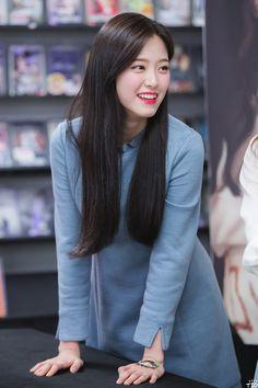 LOONA - Hyunjin