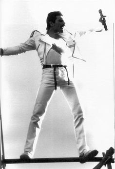 Freddie Mercury, Rock God