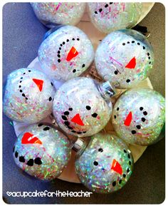 A Cupcake for the Teacher: Cute snowman ornaments for kids to make for parents. Preschool Christmas, Christmas Activities, Christmas Crafts For Kids, Homemade Christmas, Christmas Art, Christmas Projects, Winter Christmas, Holiday Crafts, Holiday Fun