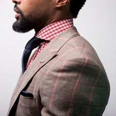 Find out how real gentlemen suit up!  http://blog.gm-shop.ro/