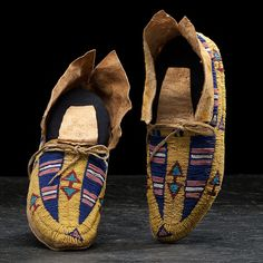 Southern Cheyenne Beaded Hide Moccasins   Cowan's Auction House