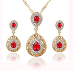 """Women's Crystal Jewelry Set - """"Water Drop"""" Pendant Necklace, Earrings, Shinny CZ. Great for Bridal/Wedding/Special Occassions...Affordably Price!!    **Free Shipping on this Item** 