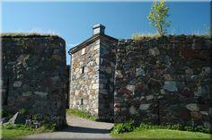 Helsinki Fort: Suomenlinna Helsinki, Finland, Sea, City, World, Building, Travel, Viajes, Buildings