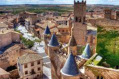- 10 πανέμορφα ισπανικά χωριά! Running Of The Bulls, Basque Country, Pamplona, Barcelona Cathedral, Paris Skyline, Dolores Park, Spanish, Places To Visit, Europe
