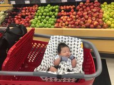 Our comfy Binxy Baby shopping cart hammock in graytrianglesquickly and easily clips onto most carts, hangs elevated so you have plenty of room for groceries