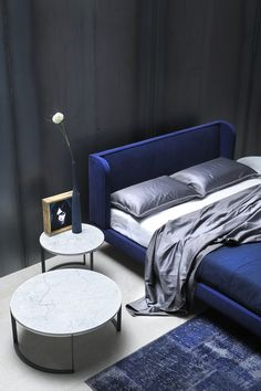 Home Interior Inspiration Theres nothing better than the propper bedroom lighting, right? Come check it out here! Cool Bedroom Furniture, Bedroom Decor, Bedroom Lamps, Wall Lamps, Bedroom Ideas, Bedroom Wall, Furniture Ideas, Chandelier Bedroom, Bedroom Lighting