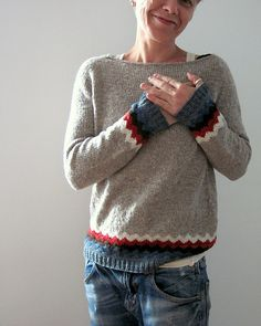 made from my Kaarina and Ingrid - leftovers had not enough yarn left to knit the whole sweater with the All American Collection Sport weight….but these lovely Ulyss. Crochet Cardigan Pattern, Knit Crochet, Cozy Fashion, Latest Fashion Clothes, Long Sleeve Sweater, Types Of Sleeves, Knitting Patterns, Knitting Tutorials, Knitwear