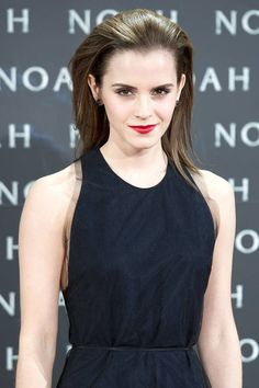 Emma Watson - How-to get these celebrity beauty looks, all the tips, tricks and products you need here! Beauty Tips For Skin, Beauty Secrets, Beauty Hacks, Hair Beauty, Emma Watson, Open Hairstyles, Pretty Hairstyles, Hairstyles 2016, Slicked Back Hair