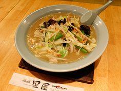 看板メニューの「長崎ちゃんぽん」 Hyogo, Thai Red Curry, Ethnic Recipes, Food, Meals, Yemek, Eten