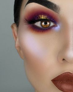 Darker matte lipstick shades such as black, brown and dark purple are very popular. This makeup is without eyeliner, and that's just fine, because in addition to such a wonderful inflicted shadow eyeliner would be superfluous.-50 Eye Makeup Ideas | Art and Design