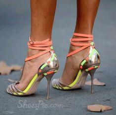 Must Have! Exquisite Contrast Color Straps Dress Sandals #elegantshoegirl #shoes #ankle  #boots #flats #fashions #womens Sexy Summer Dresses, Cheap Dresses, Marilyn Monroe Shoes, Black Dress Sandals, Shoe Story, Sexy High Heels, Manolo Blahnik, Contrast Color, Girls Shoes