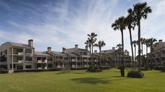 801 SPINNAKERS REACH DRIVE - Live the Ponte Vedra lifestyle in this Sawgrass Beach Club condominium!