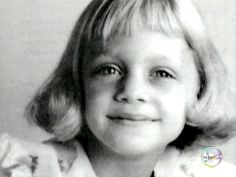 Goldie Hawn (November 21, 1945) at 9 years old, 1954 #actor