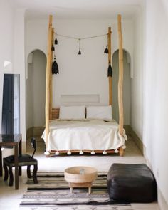{purist bedroom}