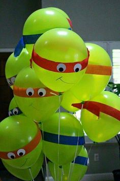 A Great and easy balloon display... perfect for your little ninja turtles !! Best of all it won't break the budget , So you'll have plenty for them extra treats they love.