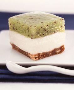 Cheesecake de queso, lima y kiwi