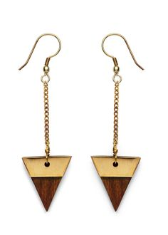 Our new line of wooden jewelry combines exotic looks with modern design! We've hand selected an array of wood pieces, from casual bracelets to large statement necklaces, there is something for every o