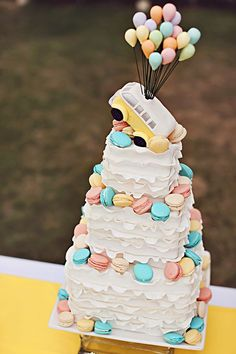 Up-inspired wedding cake pastel colours and macaron Gorgeous Cakes, Pretty Cakes, Cute Cakes, Amazing Cakes, Wedding Cake Photos, Cool Wedding Cakes, Take The Cake, Love Cake, Birthday Cakes