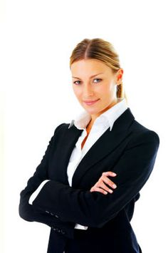 Women's business attire: how to dress business casual and business formal for ladies. Discover the professional Women's business attire to wear to work Business Professional Attire, Professional Dresses, Professional Women, Business Attire, Business Casual, Business Women, Professional Headshots, Business Grants, Business Formal