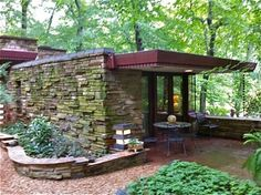 "1956 Dudley Spencer House by Frank Lloyd Wright ""Laurel"" on over 6 acres 