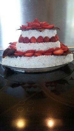 Chokolate strawberry cake