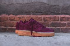 Nike WMNS Air Force 1 '07 - Deep Garnet / Gum