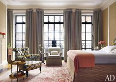 Traditional Bedroom by Peter Pennoyer Architects and Bilhuber & Associates in New York City