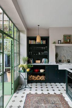 Victorian Townhouse, London Townhouse, London House, Victorian Homes, Devol Kitchens, Home Kitchens, Townhouse Designs, Küchen Design, Design Ideas