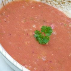 Quick Classic Gazpacho (AKA the only gaspacho recipe I've eve made) :)