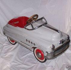 Google Image Result for http://2.bp.blogspot.com/_PJX1UI4Hvy0/TOMdNc2PBqI/AAAAAAAACJM/DtglciGHZAE/s1600/Antique-Pedal-Car-Buick-Murray-late-1940-2700-Seller-bargainjohns.jpg