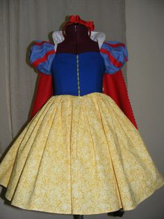Snow White Inspired dress   Wow!