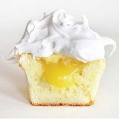 Fancy - Lemon Meringue Cupcake Recipe by carmen.o.schmitz