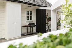 Huseierne ble målløse av Tid for hjems drømmehage Garage Doors, Outdoor Decor, Home Decor, Norway, Pandora, Film, Velvet, Movie, Movies