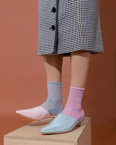 42506994976 How To Embrace The Mismatched Shoes Trend