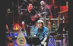 Certe filastrocche meritano un concerto volta la carta e finisce in gloria! #voltalacarta#fabriziodeandrè#rimini#1978 #album#studio#folk#musicadautore#filastrocca#gianpieroreverberi#musicaitaliana#cantautore#deandrè#deandre#faber by musicisti_senza_musica