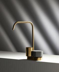 Wall Mount Kitchen Faucet, Single Handle Bathroom Faucet, Bathroom Faucets, Bathrooms, Wall Railing, Gold Faucet, Bath Mixer, Shower Set, Deco Furniture