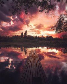 1. Вы – это не ваше прошлое. – Каким бы хаотичным ни было ваше прошлое, перед вами лежит чистый, свежий и открытый путь. Вы – это не ваши прошлые привычки. Вы – это не ваши прошлые ошибки. Вы – не то, как к вам кто-то когда-то относился. Вы – это только вы, здесь и сейчас. Вы – это ваши нынешние