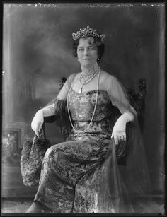 Grace Curzon Marchioness Curzon of Kedleston | Mary Louise Douglas (née Bickel), Marchioness of Queensberry