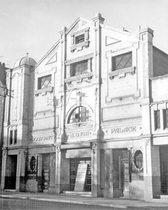 Woodseats Palace Cinema Sources Of Iron, Industrial Development, Cinema Theatre, Derbyshire, Sheffield, Old Pictures, About Uk, Yorkshire, Rome
