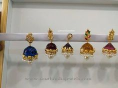 Gold Jhumkas with Colorful Stones, Gold Jhumkas with Interchangeable Stones, Gold Jhumkas with Pearls. Gold Jhumka Earrings, Jewelry Design Earrings, Gold Earrings Designs, Gold Jewellery Design, Beaded Jewelry, Silver Jewellery, Silver Rings, Gold Jewelry Simple, Simple Earrings
