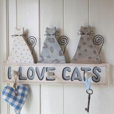 J'aime les chats....I love cats....en bois