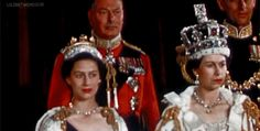 As Queen Elizabeth II becomes Britain's longest-reigning monarch after beating Queen Victoria's record of 63 years and 216 days on the throne, we take a look at her reign in pictures. Princesa Anne, Princesa Margaret, Princesa Elizabeth, Elizabeth Philip, Queen Elizabeth Ii, Lady Diana Spencer, Rei George Vi, Palais De Buckingham, Victoria Reign