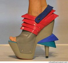High heels    Yagmur Caner, Imad Zeyat    Collection Futuristic designs S/S 2012
